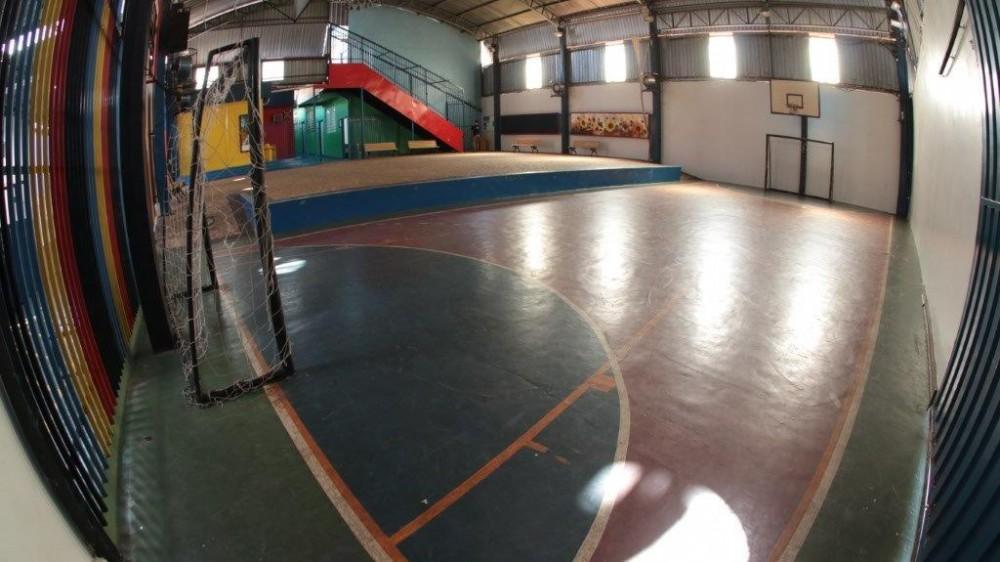 Quadra Esportiva